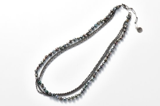 BUNDLED CHAINS-NECKLACE WITH NANYO PEARL