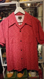<img class='new_mark_img1' src='https://img.shop-pro.jp/img/new/icons26.gif' style='border:none;display:inline;margin:0px;padding:0px;width:auto;' />The Groovin High Rayon & Cotton Shirt Red Short sleeves