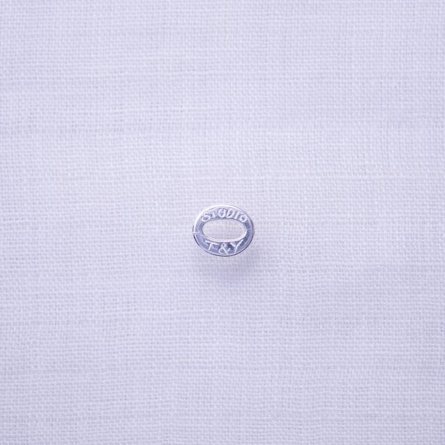 T&Y Oval Ring