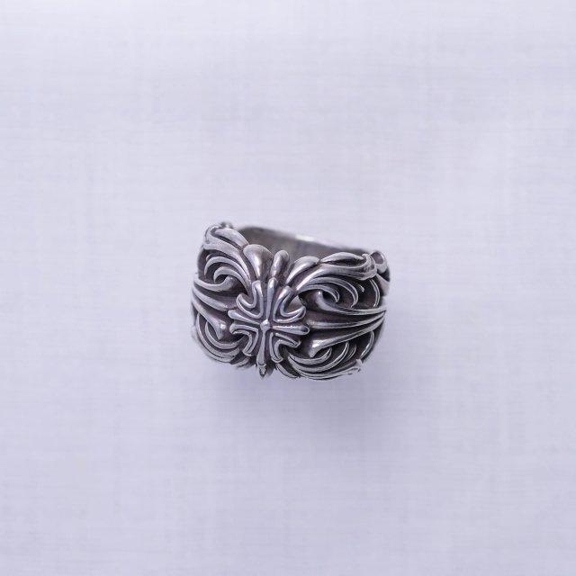Arabesque Cross Ring