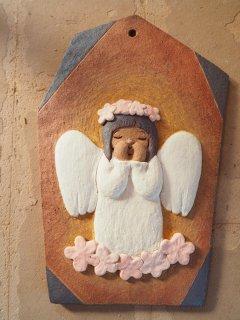 可南 つちびと(陶板)Pray board「花冠」