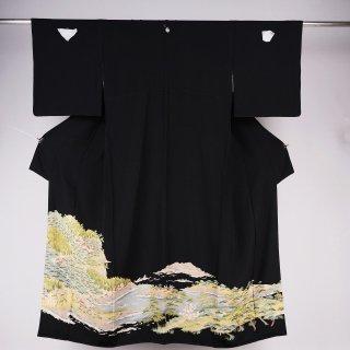 黒留袖 チリメン 裄丈68.5�