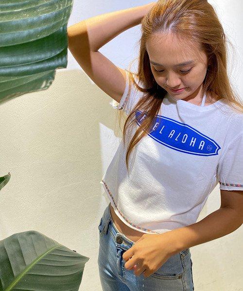 【LADIES】【セリーヌ・ファラク着用】サーブボード柄FEEL ALOHA ボクシーTシャツ