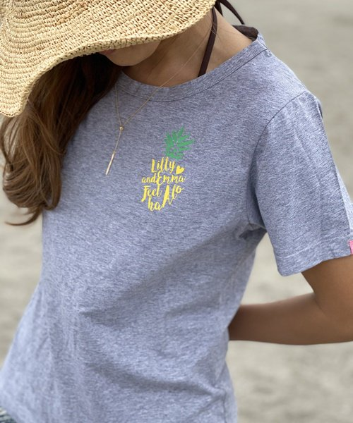 【LADIES】パイナップルワンポイントTシャツ