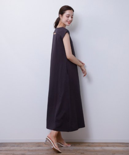 【LADIES】M.deux/バックデザインカットワンピ ブラック