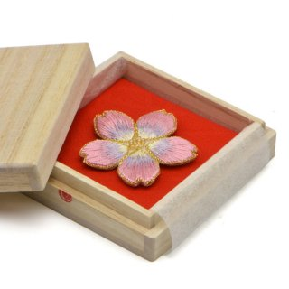刺繍背守り 桜 <夜桜>