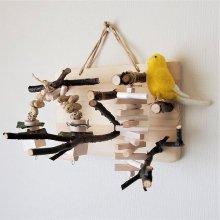 壁掛けの止まり木アスレチック