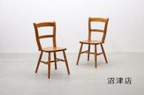 【沼津店】 在庫4脚 パイン材 クラシカル ダイニングチェア カントリー 椅子