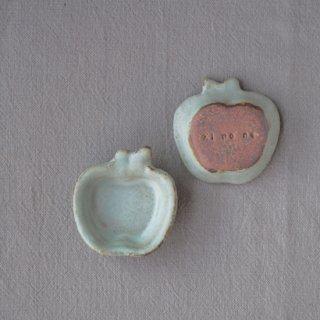 zakka・りんご豆小皿-ブルー