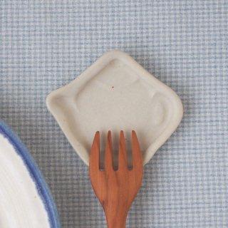 マカロンミルキーホワイト・豆小皿ティーポット