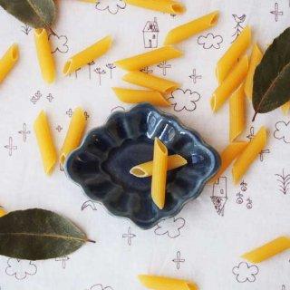 瑠璃釉花ひし豆小皿