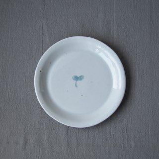 白磁パイ皿-双葉-
