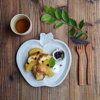 マカロンミルキーホワイト・りんご皿(L)