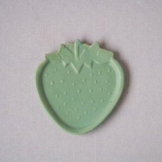 マカロンミントグリーン・いちご皿