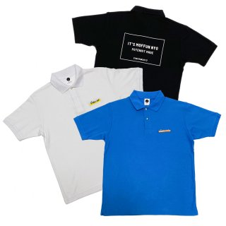 <img class='new_mark_img1' src='https://img.shop-pro.jp/img/new/icons50.gif' style='border:none;display:inline;margin:0px;padding:0px;width:auto;' />MOFFUNNYO NAME LOGO POLO S/S SHIRT