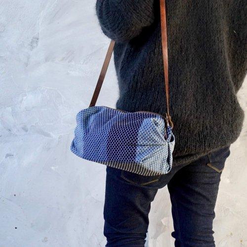 キャラメルショルダーバッグ/インディゴ刺し子織/遠州織物