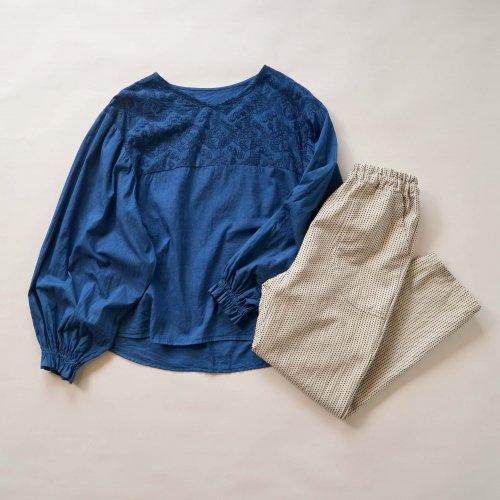 【福袋】刺繍ブラウス バルーンスリーブ/インディゴブルー + 一本刺し子サルエルパンツ