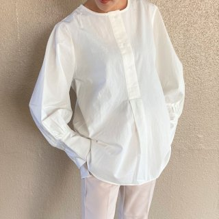 <img class='new_mark_img1' src='https://img.shop-pro.jp/img/new/icons25.gif' style='border:none;display:inline;margin:0px;padding:0px;width:auto;' />simple sleeve shirts