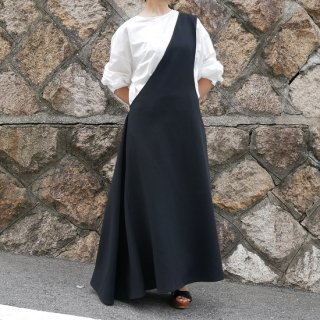 <img class='new_mark_img1' src='https://img.shop-pro.jp/img/new/icons25.gif' style='border:none;display:inline;margin:0px;padding:0px;width:auto;' />one shoulder jumper skirt