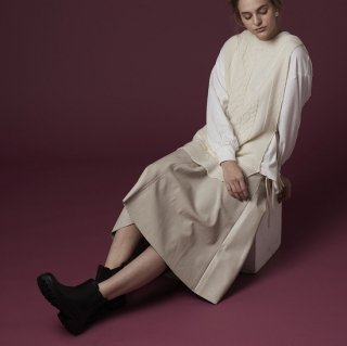 <img class='new_mark_img1' src='https://img.shop-pro.jp/img/new/icons58.gif' style='border:none;display:inline;margin:0px;padding:0px;width:auto;' />eco leather skirt