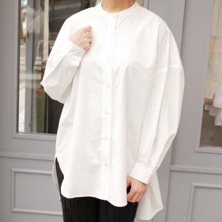 <img class='new_mark_img1' src='https://img.shop-pro.jp/img/new/icons11.gif' style='border:none;display:inline;margin:0px;padding:0px;width:auto;' />roundhem BIG silhouette blouse