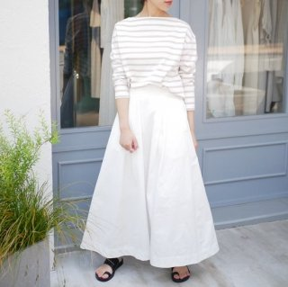 <img class='new_mark_img1' src='https://img.shop-pro.jp/img/new/icons11.gif' style='border:none;display:inline;margin:0px;padding:0px;width:auto;' />summer flare skirt