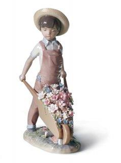 Lladro(リヤドロ) 少年 子供 花 お花 春 【花車 #01001283】