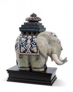 リヤドロ Lladro 【 タイの象 】  01001937 SIAMESE ELEPHANT