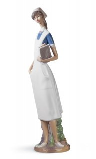 リヤドロ 人形  『優しいナース  01004603 NURSE』