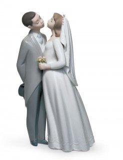リヤドロ Lladro 【 誓いのキス 】  01006620 A KISS TO REMEMBER