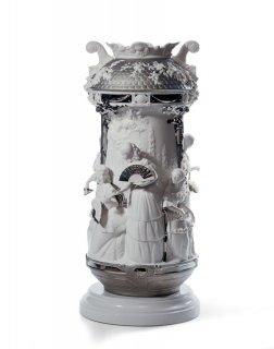 リヤドロ Lladro 【 淑女の庭(花瓶・白金・RE-DECO) 】  01007035 LADIES IN THE GARDEN V.-PLATIN.(RE-DECO)