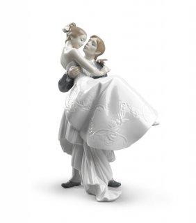 リヤドロ Lladro 【 永遠の愛 】  01008029 THE HAPPIEST DAY
