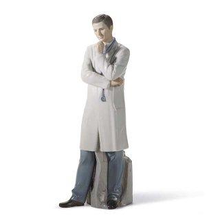 リヤドロ 人形  『優秀なドクター  01008188 MALE DOCTOR』