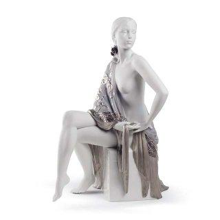 リヤドロ 人形  『セビリアの娘(Re-Deco)  01008673 NUDE WITH SHAWL (RE-DECO)』