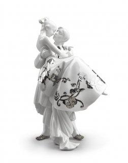 リヤドロ Lladro 【 永遠の愛(Re-Deco) 】  01007055 THE HAPPIEST DAY (RE-DECO)