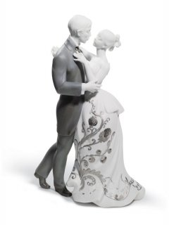 リヤドロ Lladro 【 愛のワルツ(Re-Deco) 】  01007193 LOVERS' WALTZ (RE-DECO)