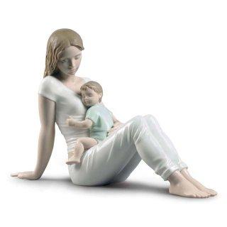 リヤドロ 人形  『かわいい我が子  01009336 A mother's love Figurine』