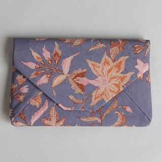 手描きジャワ更紗 Reisia  数寄屋袋『プカロンガンに咲く花』