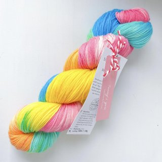 <img class='new_mark_img1' src='https://img.shop-pro.jp/img/new/icons13.gif' style='border:none;display:inline;margin:0px;padding:0px;width:auto;' />Hand dyed sock yarn|No.2020