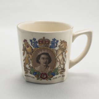 B-002 Queener Mug