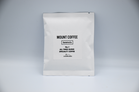 <img class='new_mark_img1' src='https://img.shop-pro.jp/img/new/icons1.gif' style='border:none;display:inline;margin:0px;padding:0px;width:auto;' />MOUNT COFFEE × Daniel&Co. 「ALL TIMES BLEND SPECIALTY COFFEE (Drip-Pack)」