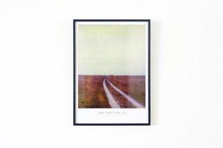 Dan Isaac Wallin / THE RED BUS 700 × 500