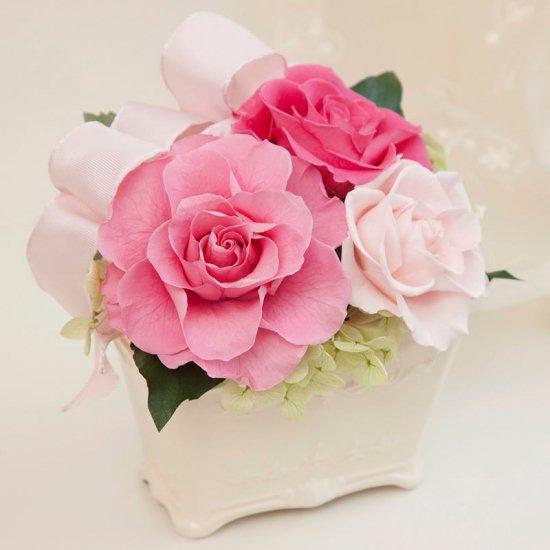 ピンクのプリザーブドフラワー  小さなアレンジメント キティー(ピンク) ※ギフトタイプ3