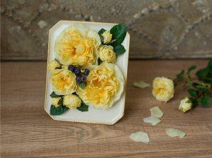 花絵 ロゼット咲きのバラ フレームアレンジ