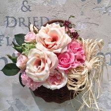 バラとアジサイのプリザーブドフラワー 壁掛けバスケットアレンジ