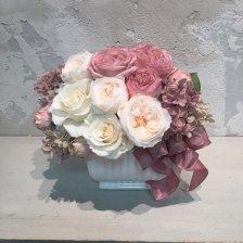 白いプリザーブドフラワーのバラとオータムカラーのオールドローズ 高級造花アレンジ