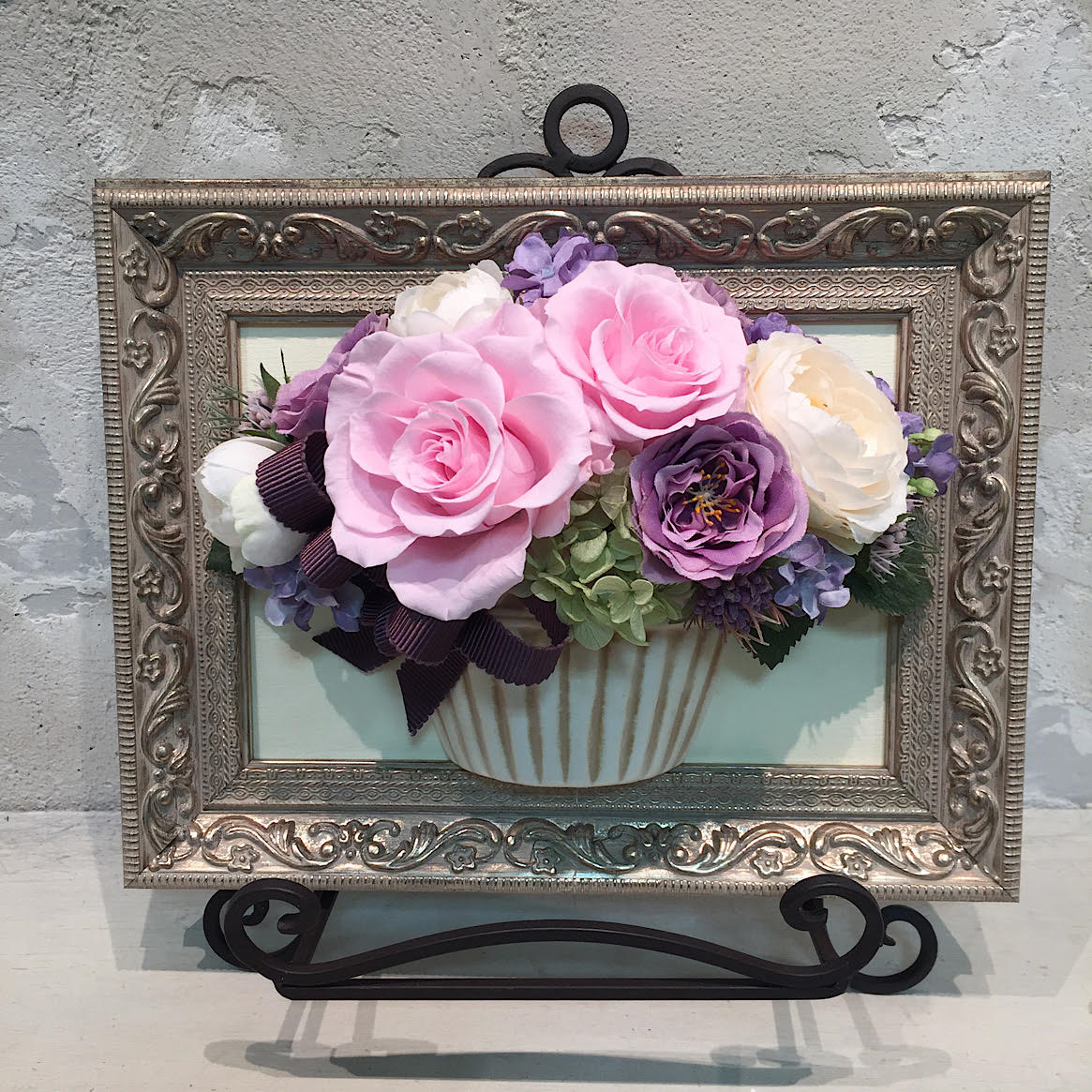 【T様専用オーダー商品】花絵 ピンクと紫のバラの壁掛けアレンジ
