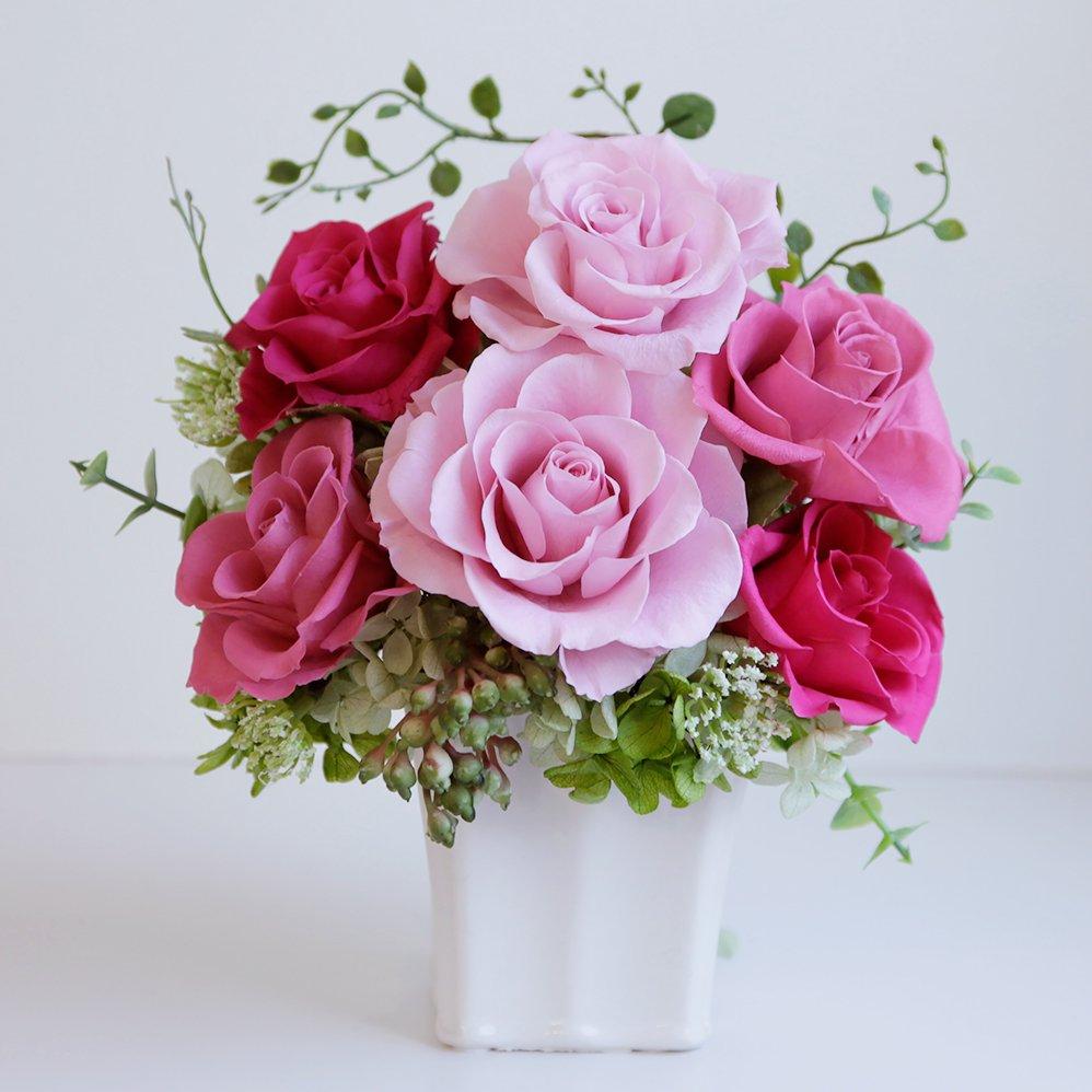 濃淡ピンクのバラのプリザーブドフラワーアレンジ 「シャーロット」ピンク