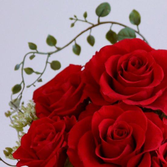 赤いバラのプリザーブドフラワーアレンジ 「シャーロット」レッド