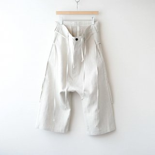 <img class='new_mark_img1' src='https://img.shop-pro.jp/img/new/icons54.gif' style='border:none;display:inline;margin:0px;padding:0px;width:auto;' />SOUMO - DRAWSTRINGS TROUSERS (ECRU)
